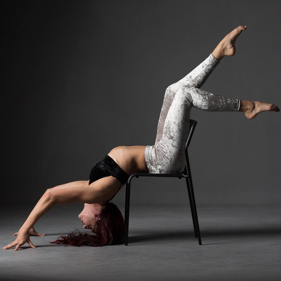 Pole Dance Chair Dance JGA Junggesellinnenabschied Bochum