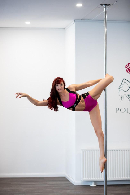 Poledance Bochum Polearize Schnupperstunde JGA Events Kontakt